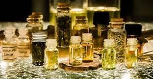Quelles huiles essentielles emporter en vacances?